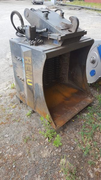 Remu screening bucket EX 140