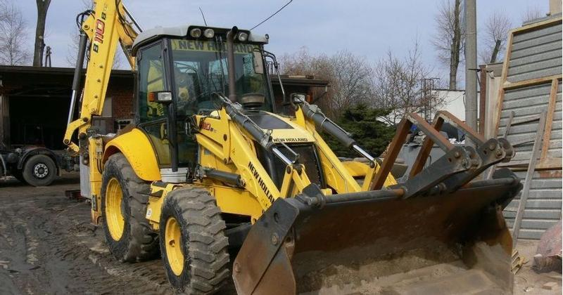 New Holland B110